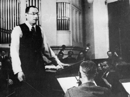 <p>Karl Eliasberg during a rehearsal of the Seventh S…</p>